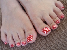 Easy to do on your own, retro and fun dots!